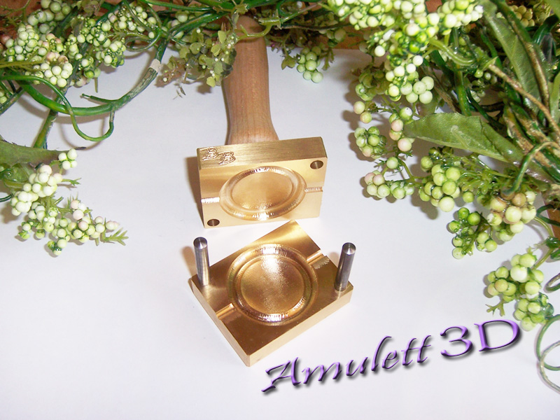 "bead press ""Bavarian 3D Amulett rund"""