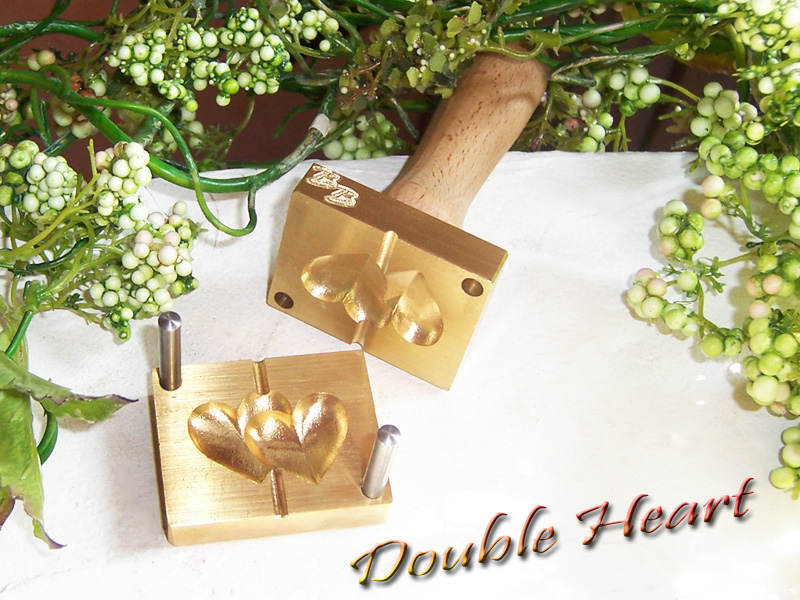 "bead press ""Bavarian 3D Double Heart"""