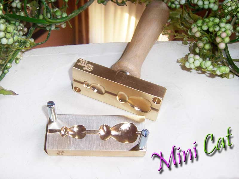 "bead press ""Bavarian 3D mini cat"""