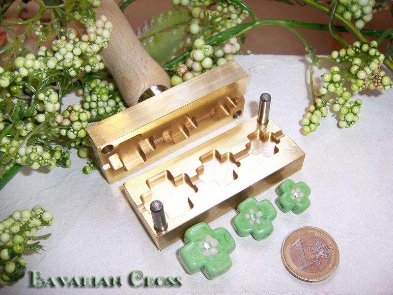 "bead press ""Bavarian Cross"""