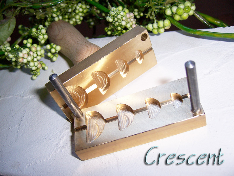 "bead press ""Bavarian crescent"""