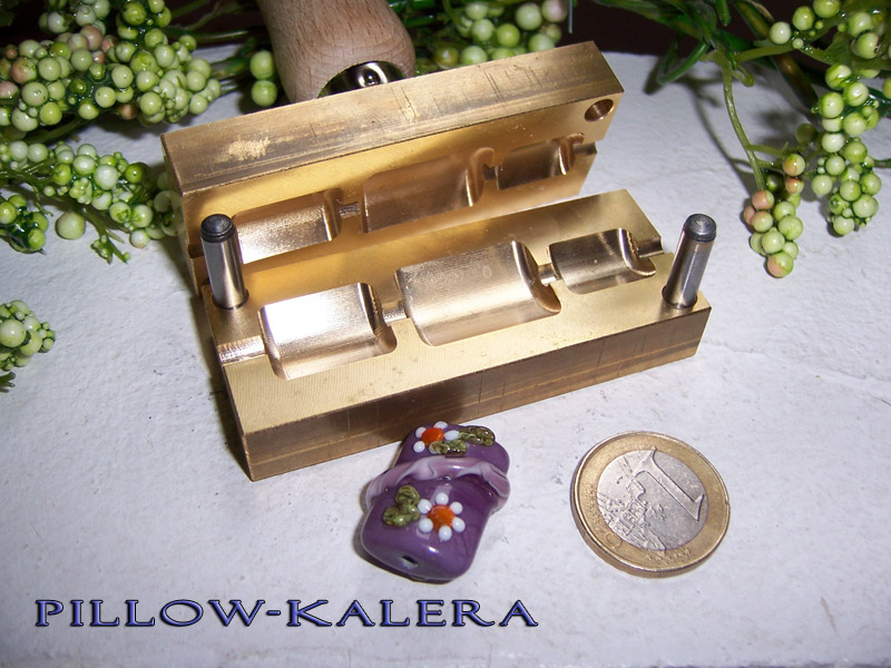 "bead press ""Bavarian Pillow-Kalera"""